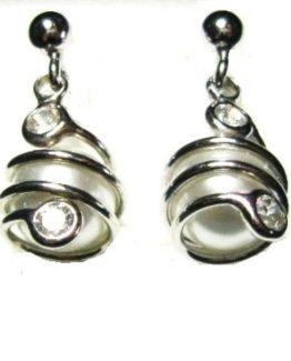 Orecchini in argento con perla e punti luce
